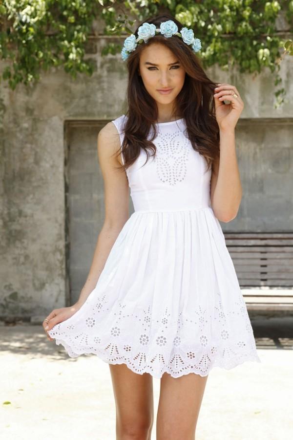white dress12