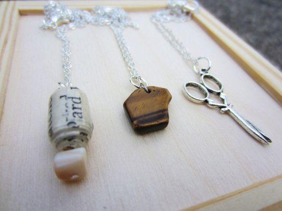 Rock Paper Scissor Necklace8