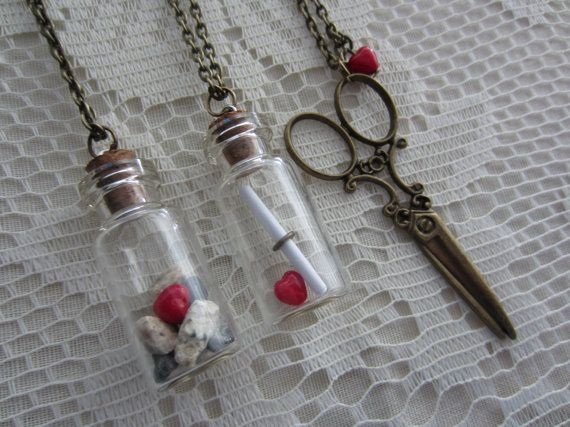 Rock Paper Scissor Necklace9
