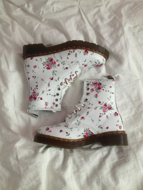 botas blancas