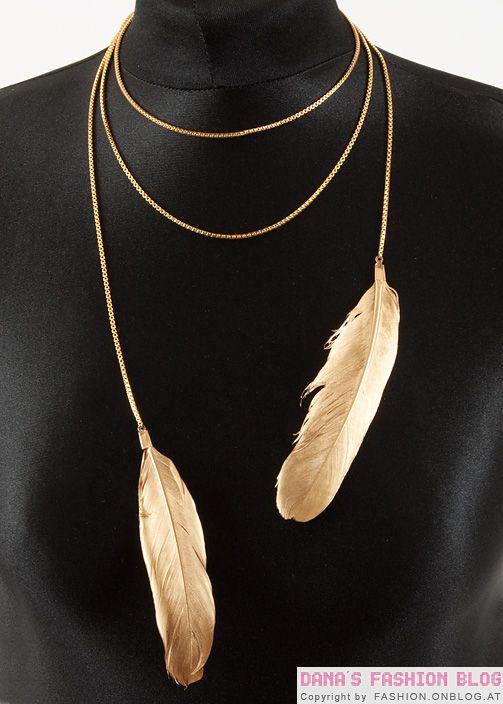 plumas_collar