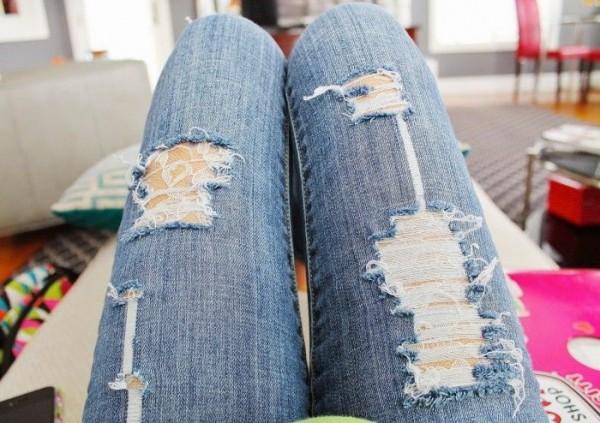 tights under ripped jeans6