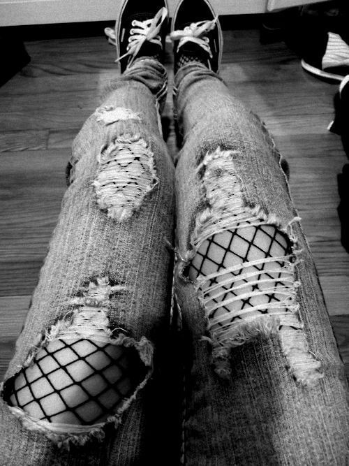 tights under ripped jeans9