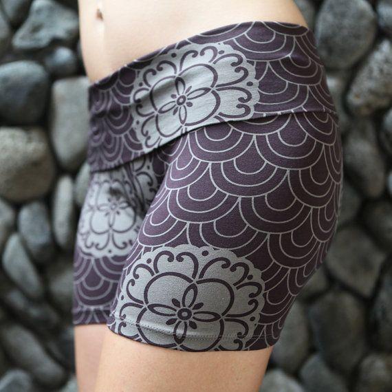 yoga_shorts