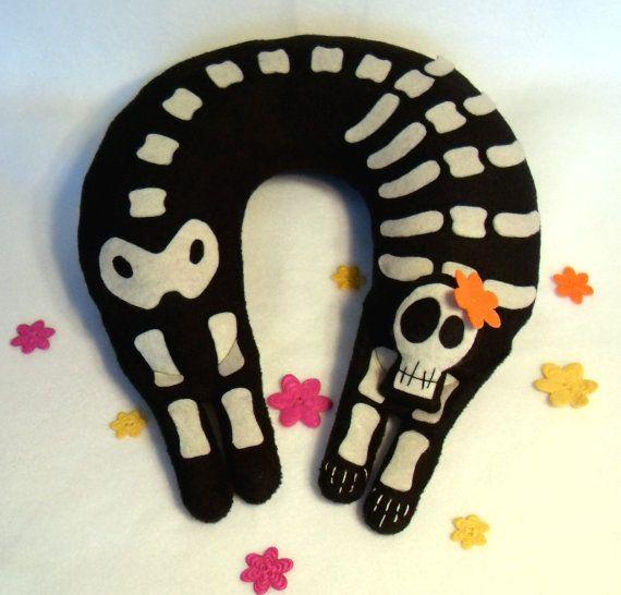 almohada esqueleto