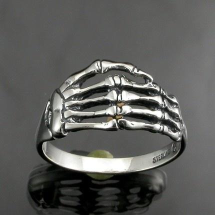 anillo esqueleto