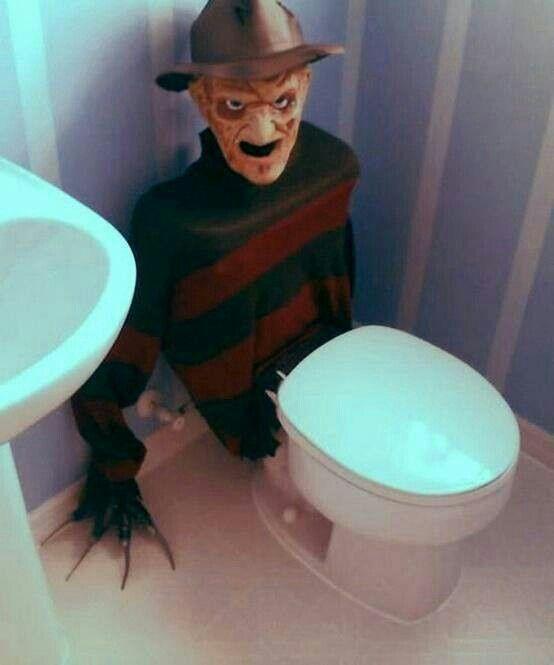 baño halloween