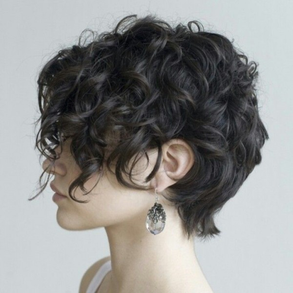 cabello corto chino