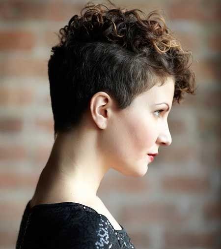 un estilo abultado y te ir bien si eres una mujer libre y que no vive de apariencias recuerda que la salud y brillo de tu cabello mejorar