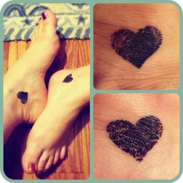 corazon tatuaje pies