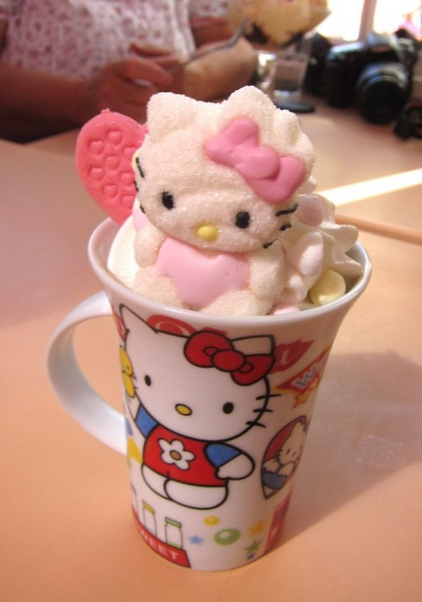 hello kitty bombon