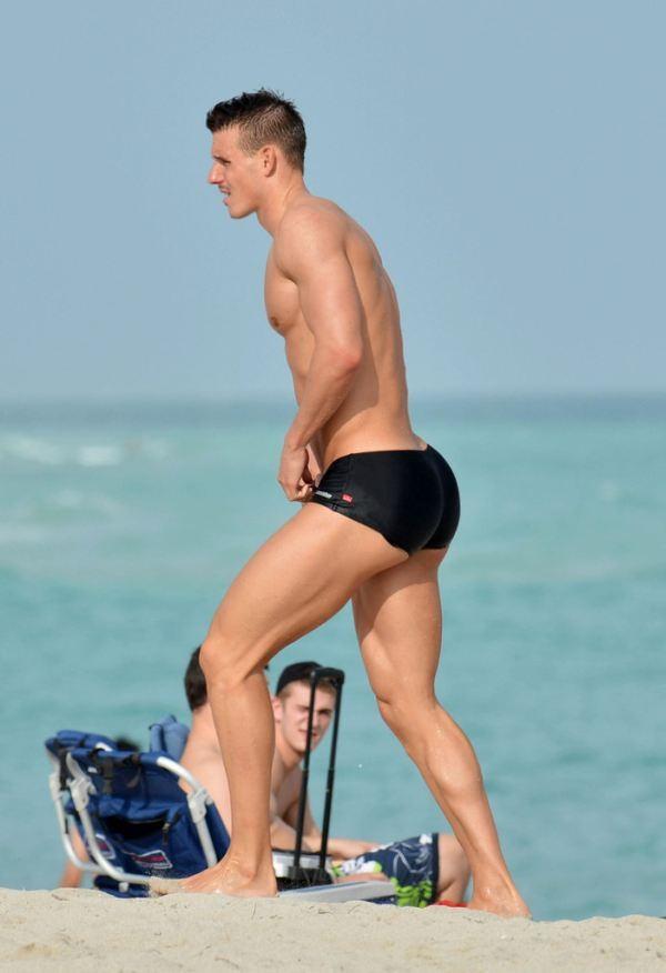 hombre playa
