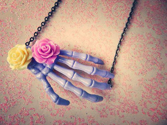 mano esqueletica
