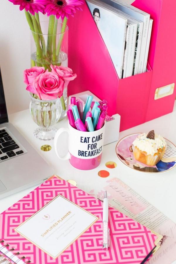Decoraciones para tu escritorio que te quitar n la flojera for Decoracion de escritorios