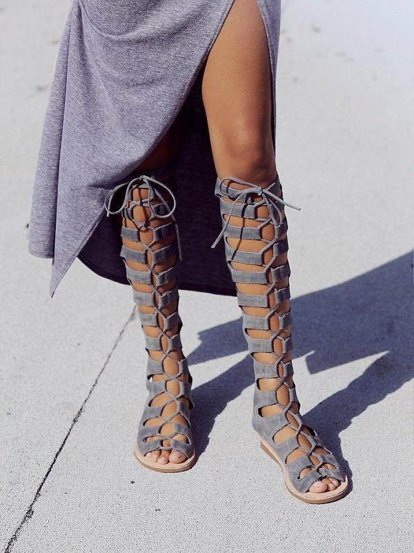 sandalias grise