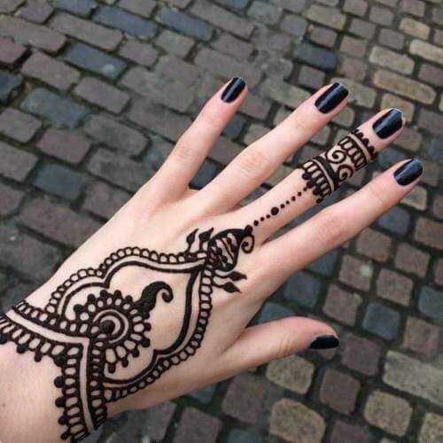 23 Tatuajes para la mano que te puedes hacer con Henna