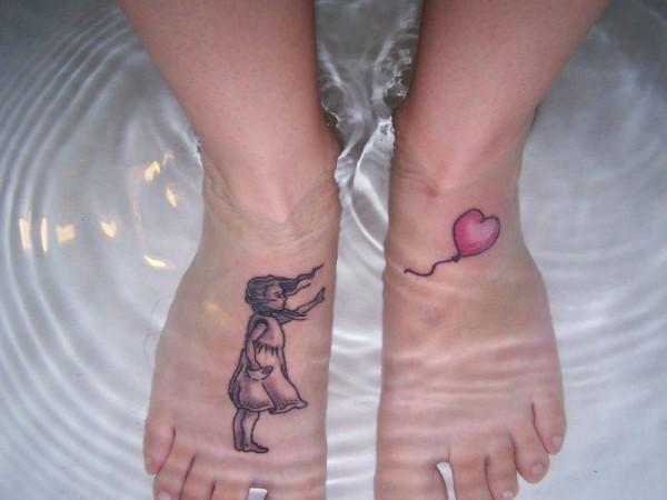 tatuaje en los pies