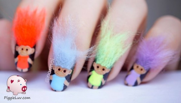 troll uñas