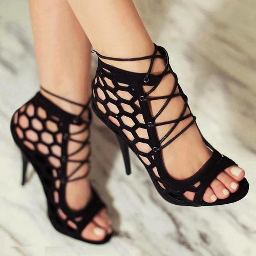 zapatos negros bonitos