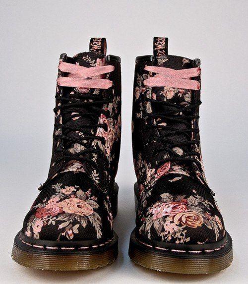 botas floreadas