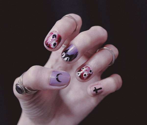 pastel_goth_nails
