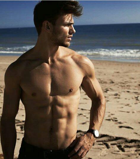 gay hot hung man muscle