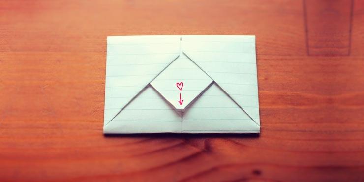 doblar hoja de papel como carta