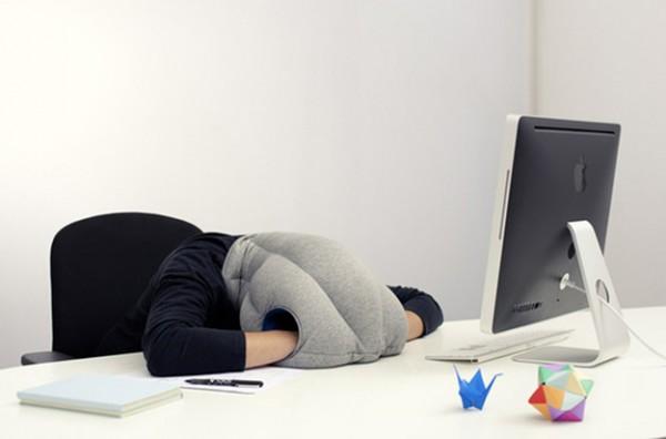 almohada cabeza