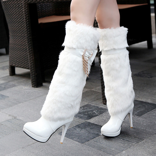 botas blancas largas