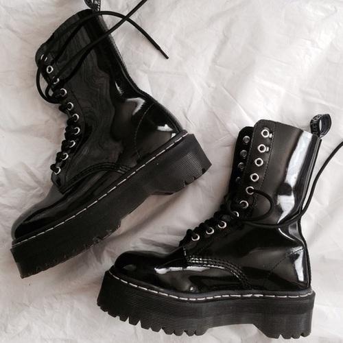 botas plataforma negras