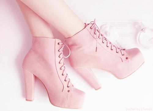 botas_rosas