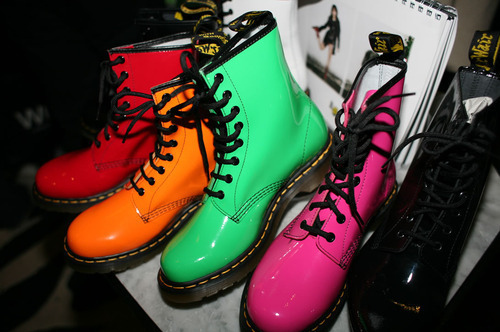 colors shoes