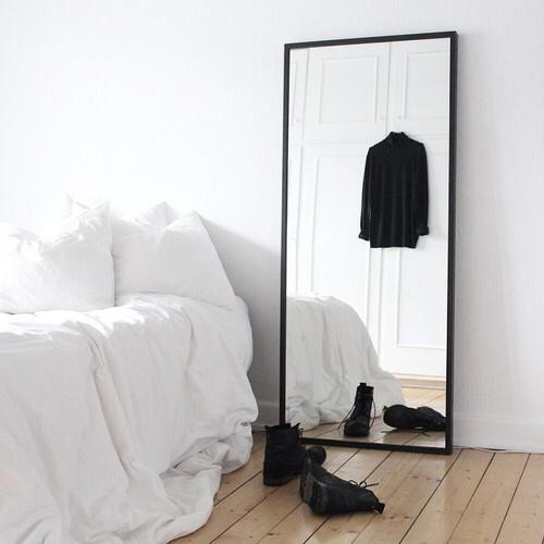 espejo grande negro
