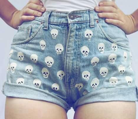 esqueletitos shorts
