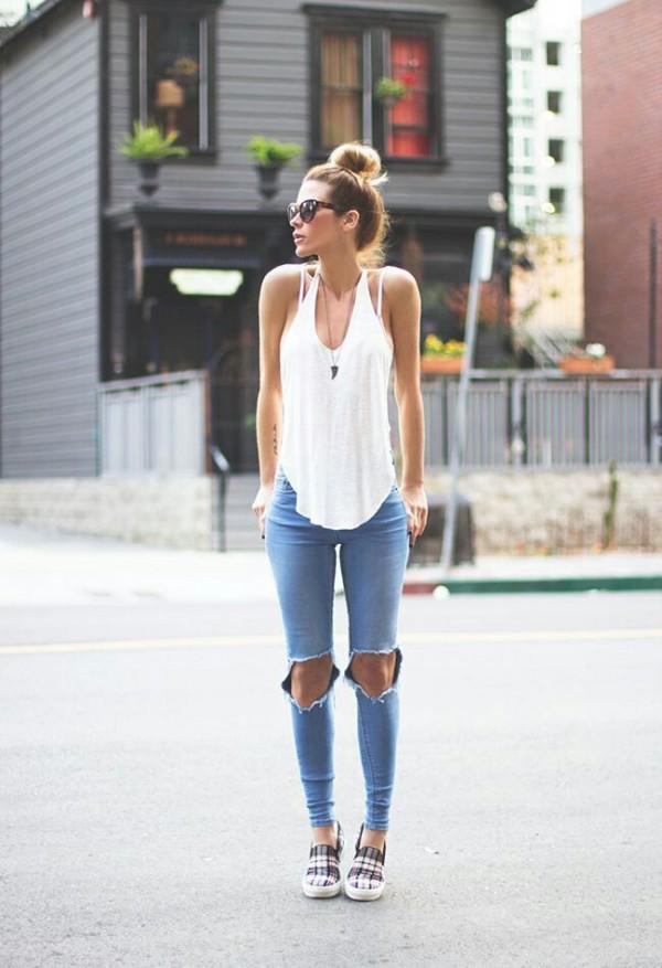 barato mejor valorado nuevo autentico que buen look Looks que te animarán a romper tus jeans en la zona de las ...