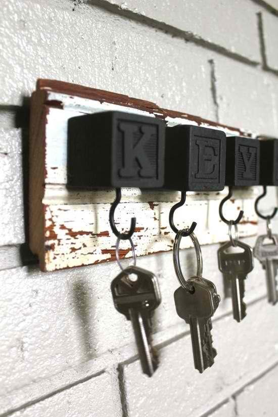 llaves colgador madera