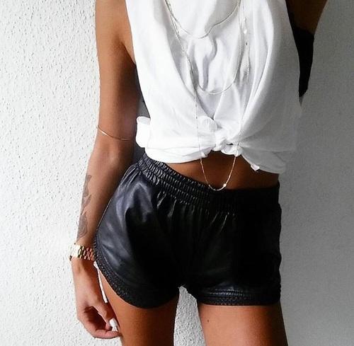 negro short