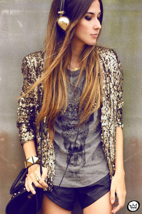 outfit casual dorado