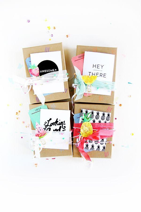 10 envolturas que puedes hacer t misma para el regalo de for Envolturas para regalos