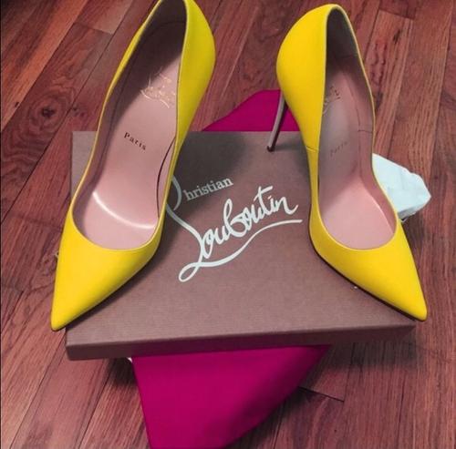 amarillos zapatos