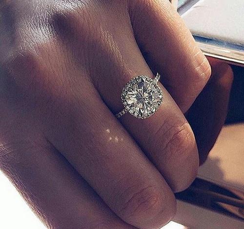 anillos mano mujer