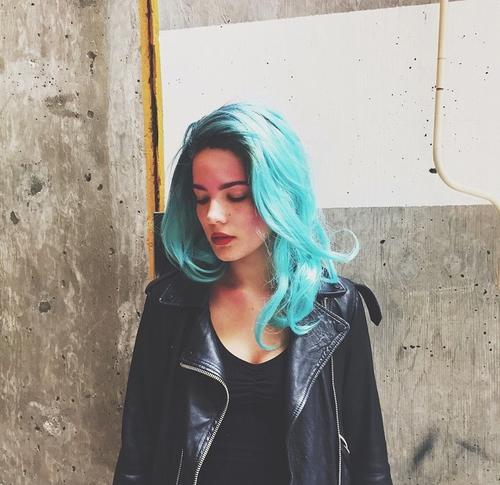 azul chica