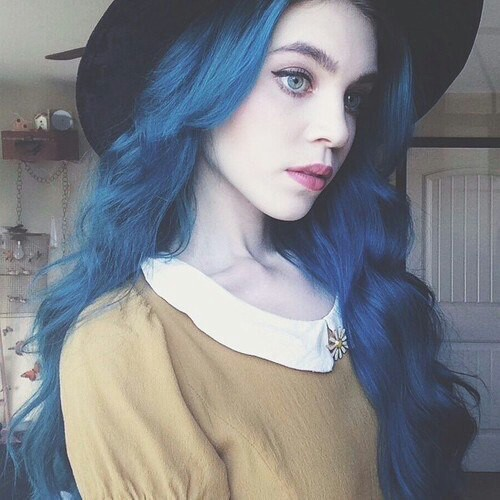 azul fuerte
