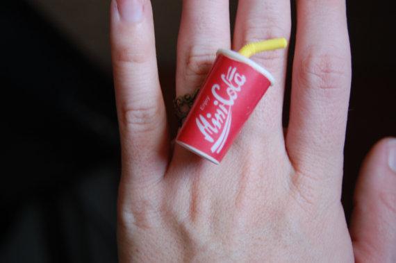 coca anillo