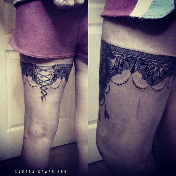 corset tatuaje