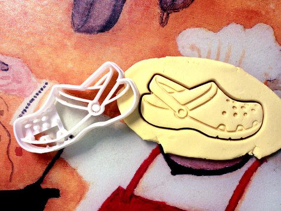 crocs cutter