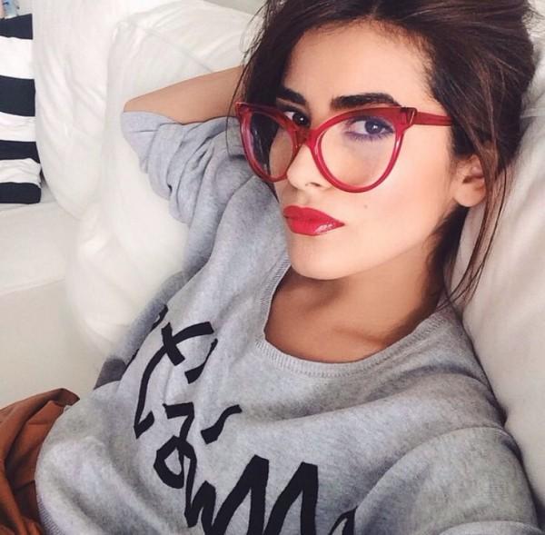 glasses selfie