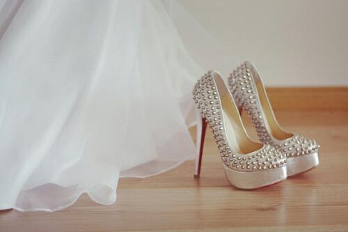 louboutins boda