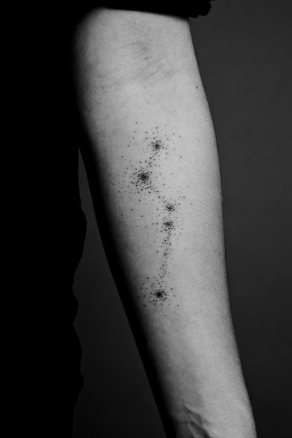 lunares tattoo