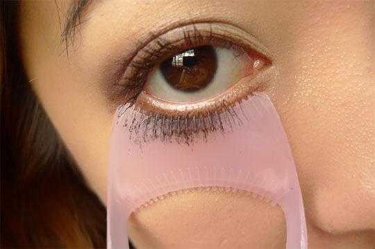 mascara protector